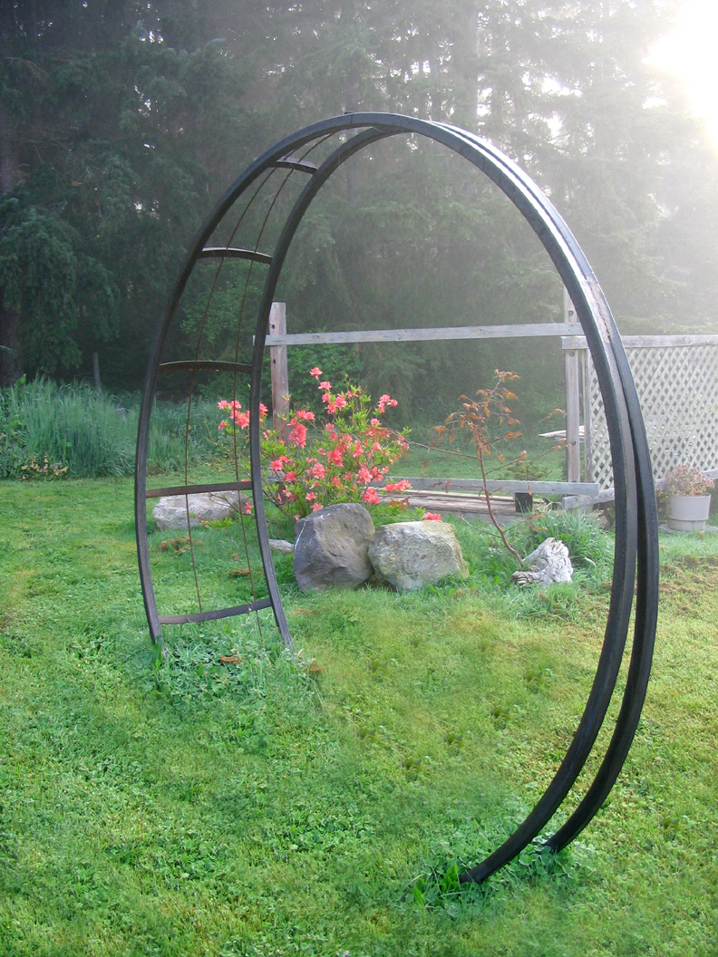 Buzzard Studios Moonbeam Garden Arch Artworks in Steel